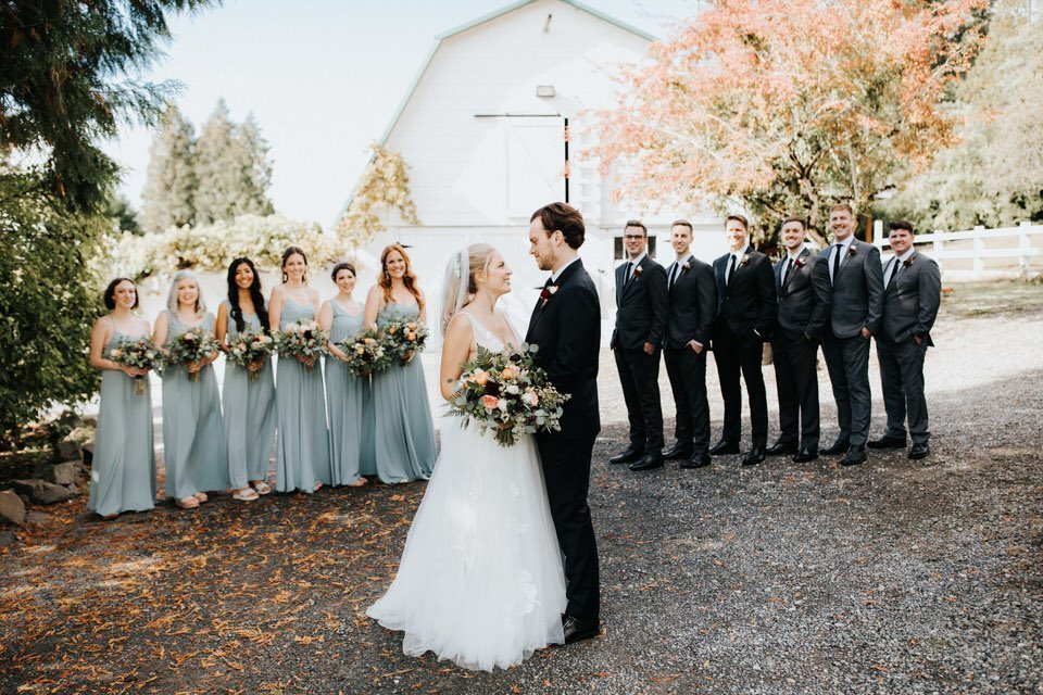 Wedding party at Chateau Lill in Woodinville. Captured by Seattle wedding photographer Wiley Putnam.